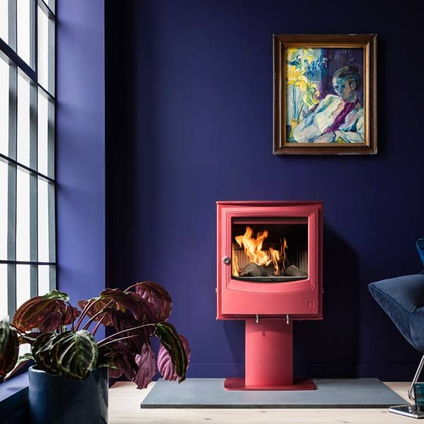 Stove shown: Farringdon Small Eco freestanding stove in Spice red with colour-matched optional pedestal