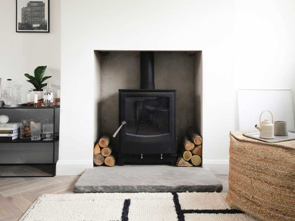 Farringdon Medium Eco Stove unlit in modern rooom
